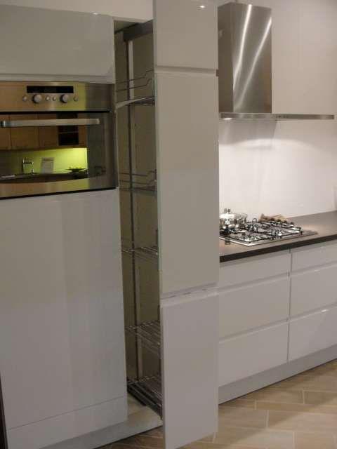 Keuken Wit Greeploos : keukenwinkel van Nederland Greeploos wit hoogglans keuken [44781