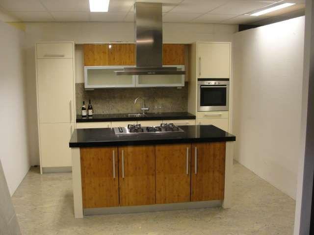 Moderne Keuken Kookeiland : keukenwinkel van Nederland Moderne kookeiland keuken [44788