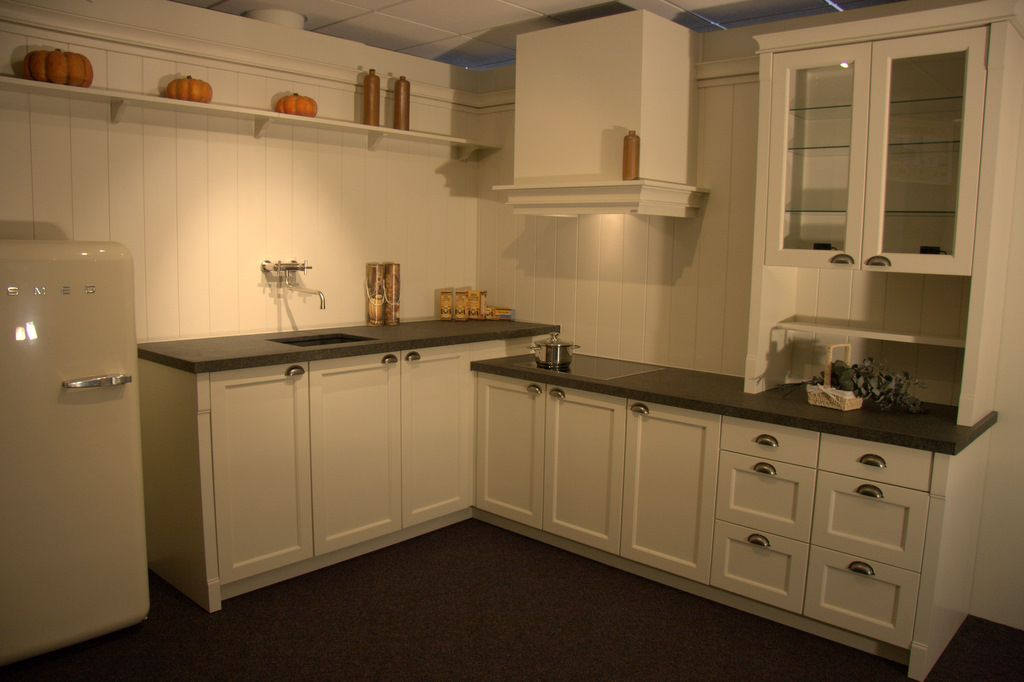 Eiken Keuken Wit Verven : Keuken Eiken Massief – Atumre com