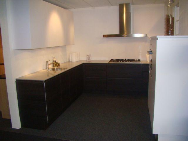 De grootste en voordeligste keukenwinkel van nederland greeploze y line - Afbeelding van keuken amenagee ...