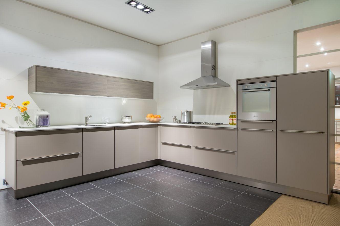 De grootste en voordeligste keukenwinkel van nederland luxe siematic design - Moderne keuken en design ...