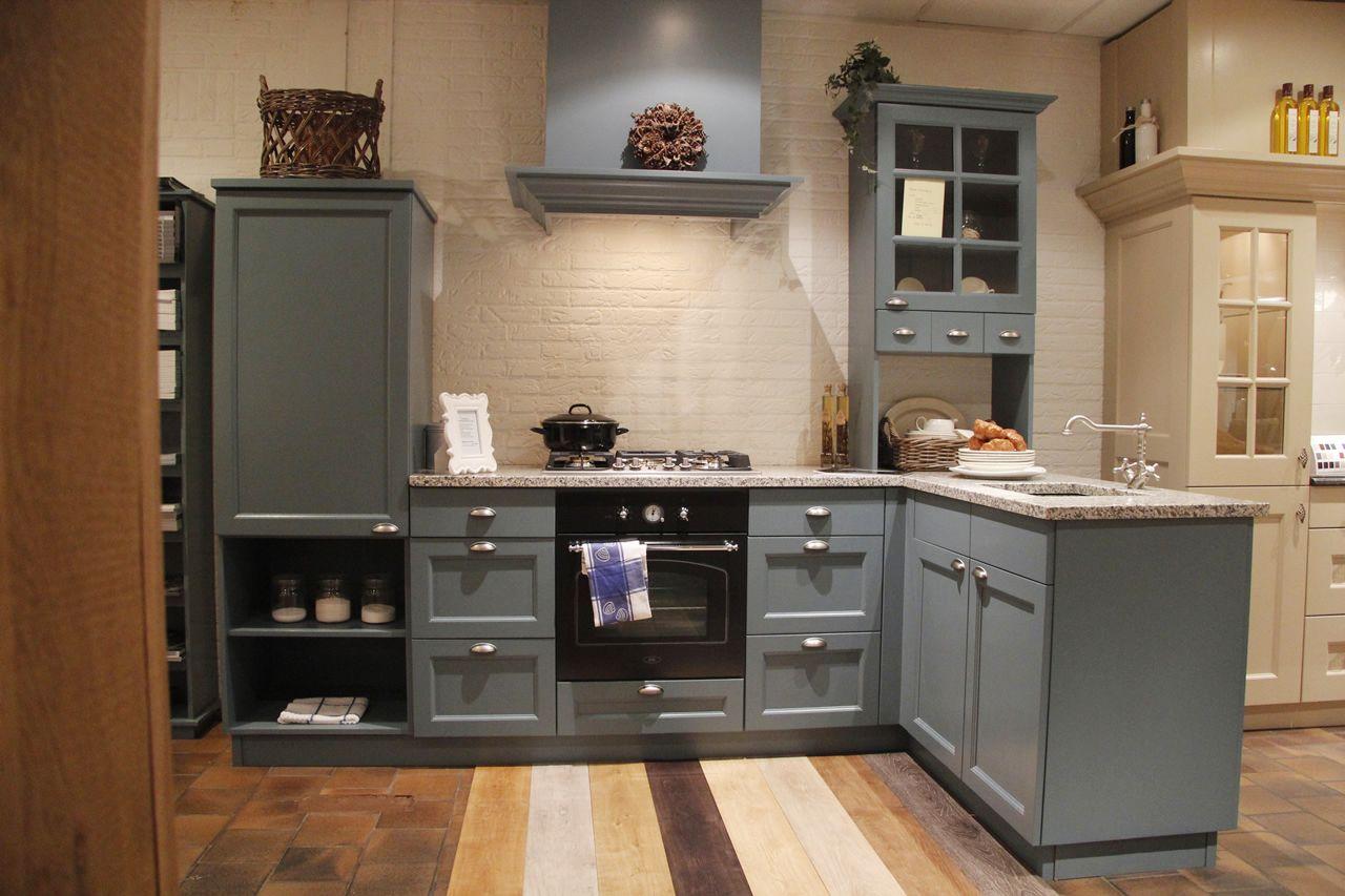 De grootste en voordeligste keukenwinkel van nederland landelijke blauwe - Keuken grijs en blauw ...