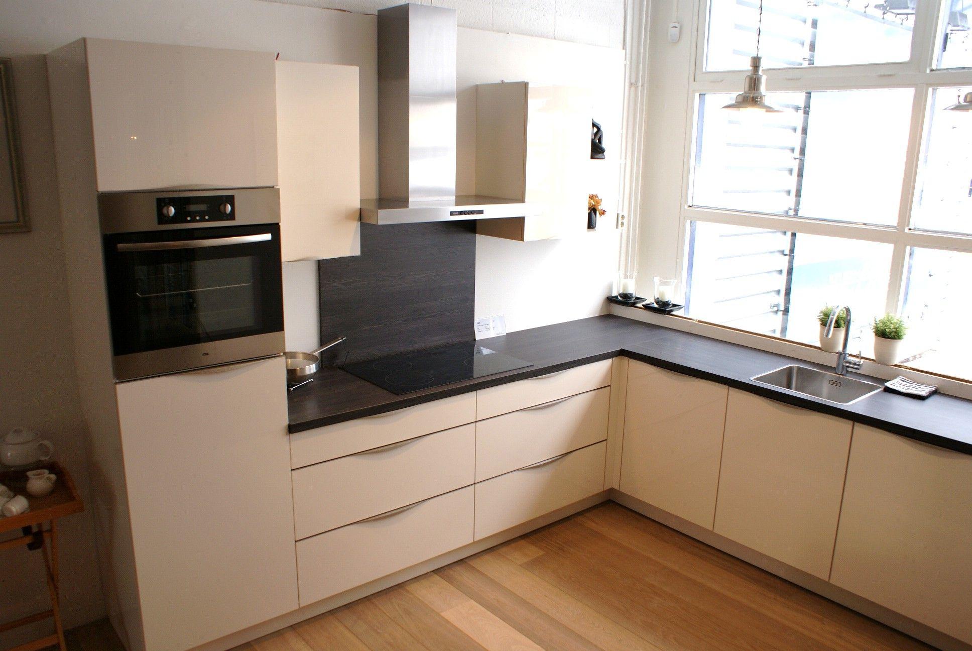 ... Gelakt : Keukens Rechte Keuken Magnolia Gelakt Car Interior Design