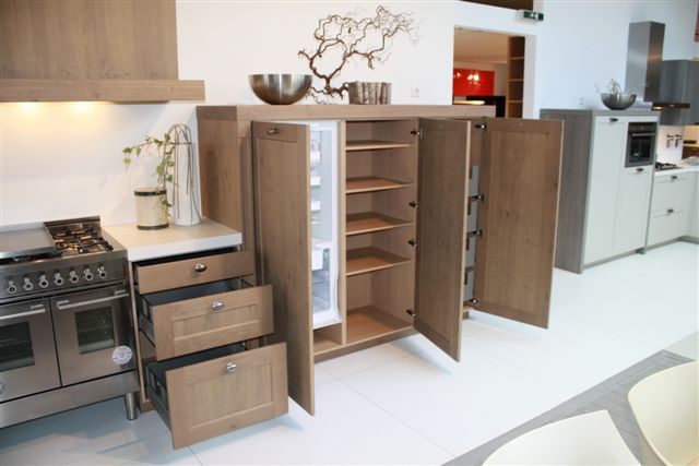 Keuken Kastenwand Hout : houten keuken met kastenwand 19 3 50994 mooie eikenhouten keuken
