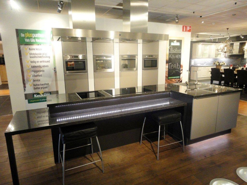 De grootste en voordeligste keukenwinkel van nederland gebruikers keuken - Granieten werkblad keuken ...