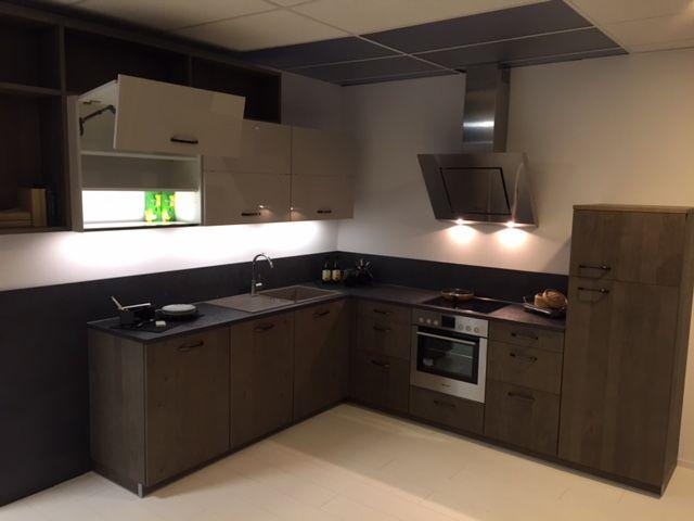 ... keukenwinkel van Nederland Hout fineer Showroom keuken Hoek [58754